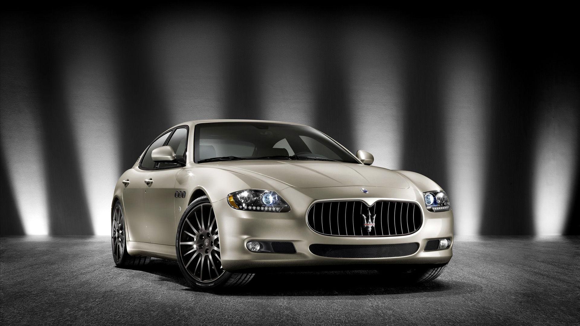 2011 Maserati Quattroporte Award Edition