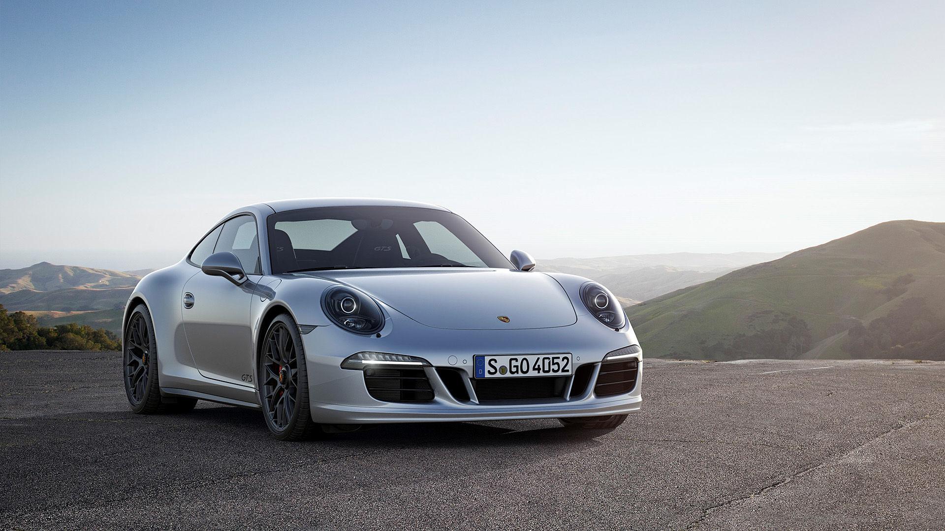 2015 Porsche 911 Carrera GTS