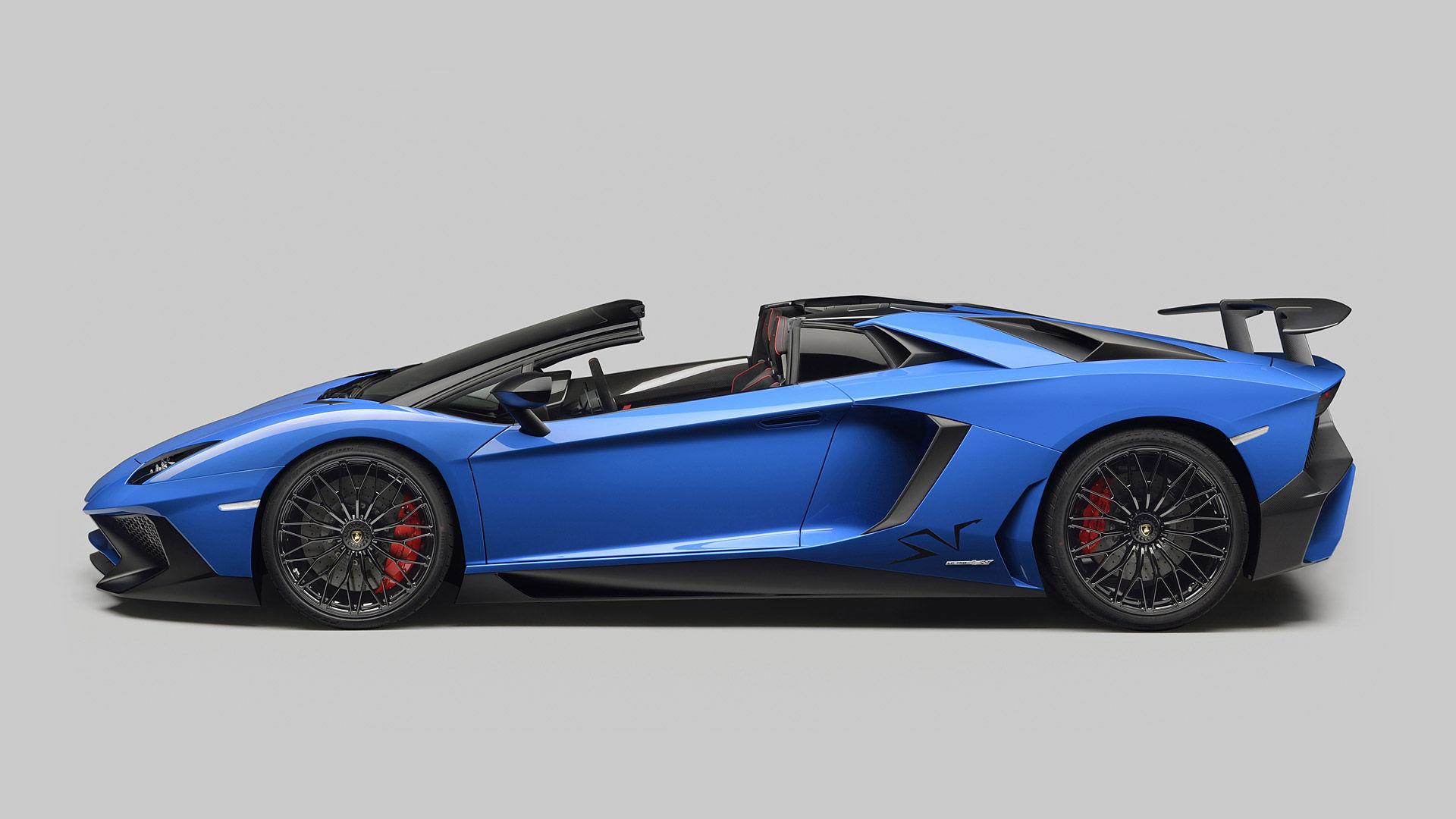 2016 Lamborghini Aventador LP750-4 SV Roadster