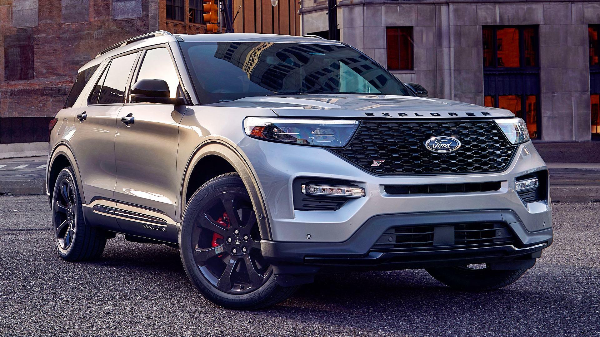 2020 Ford Explorer ST 1