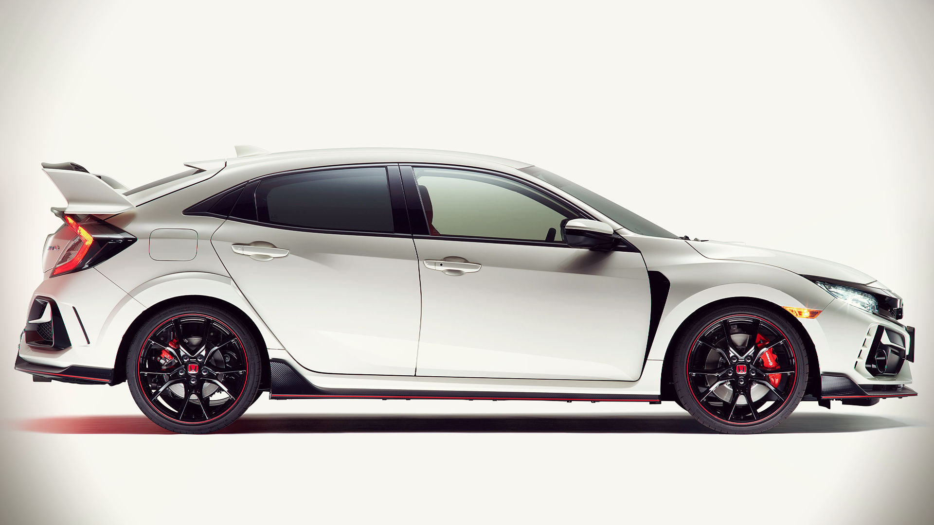 2020 Honda Civic Type R Side Wallpaper