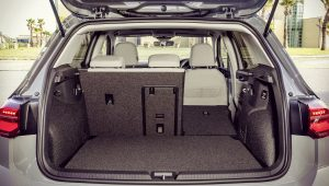 Volkswagen Golf 8 2020 Trunk
