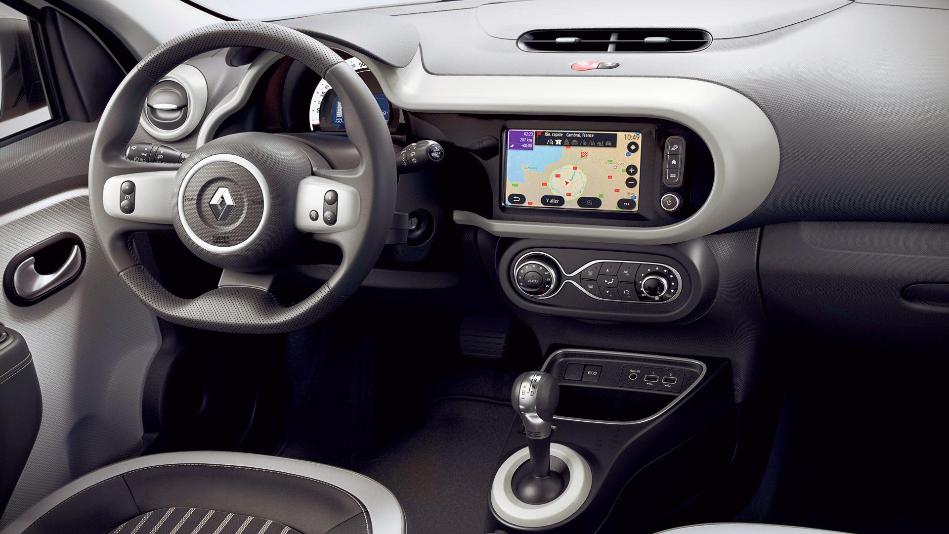 2020 Renault Twingo ZE Interior Wallpaper Hd