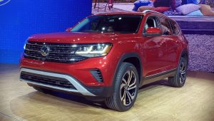 VW Atlas 2021 Red Wallpaper