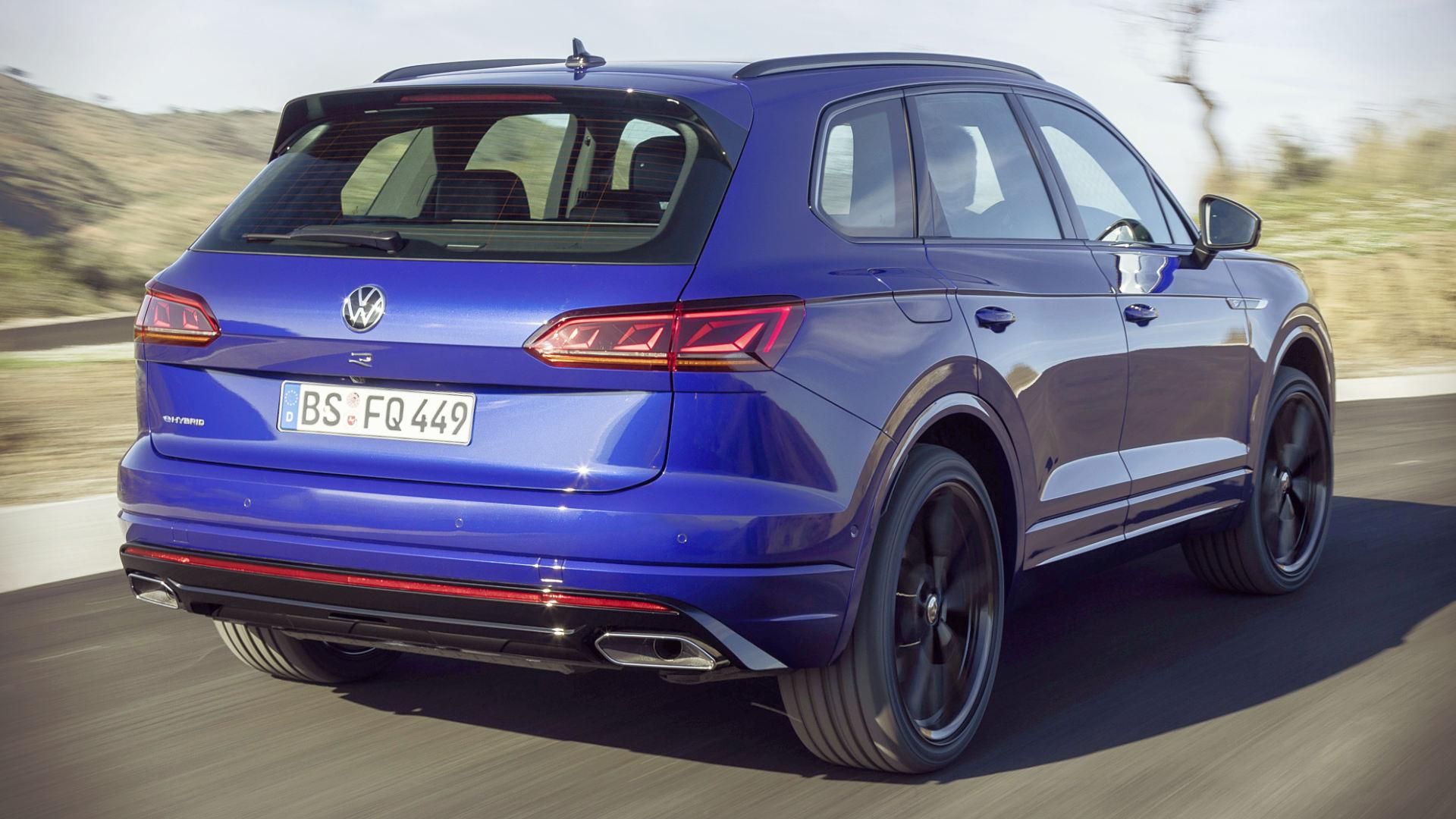 Volkswagen Touareg R Plug In Hybrid 2021 Back Wallpaper