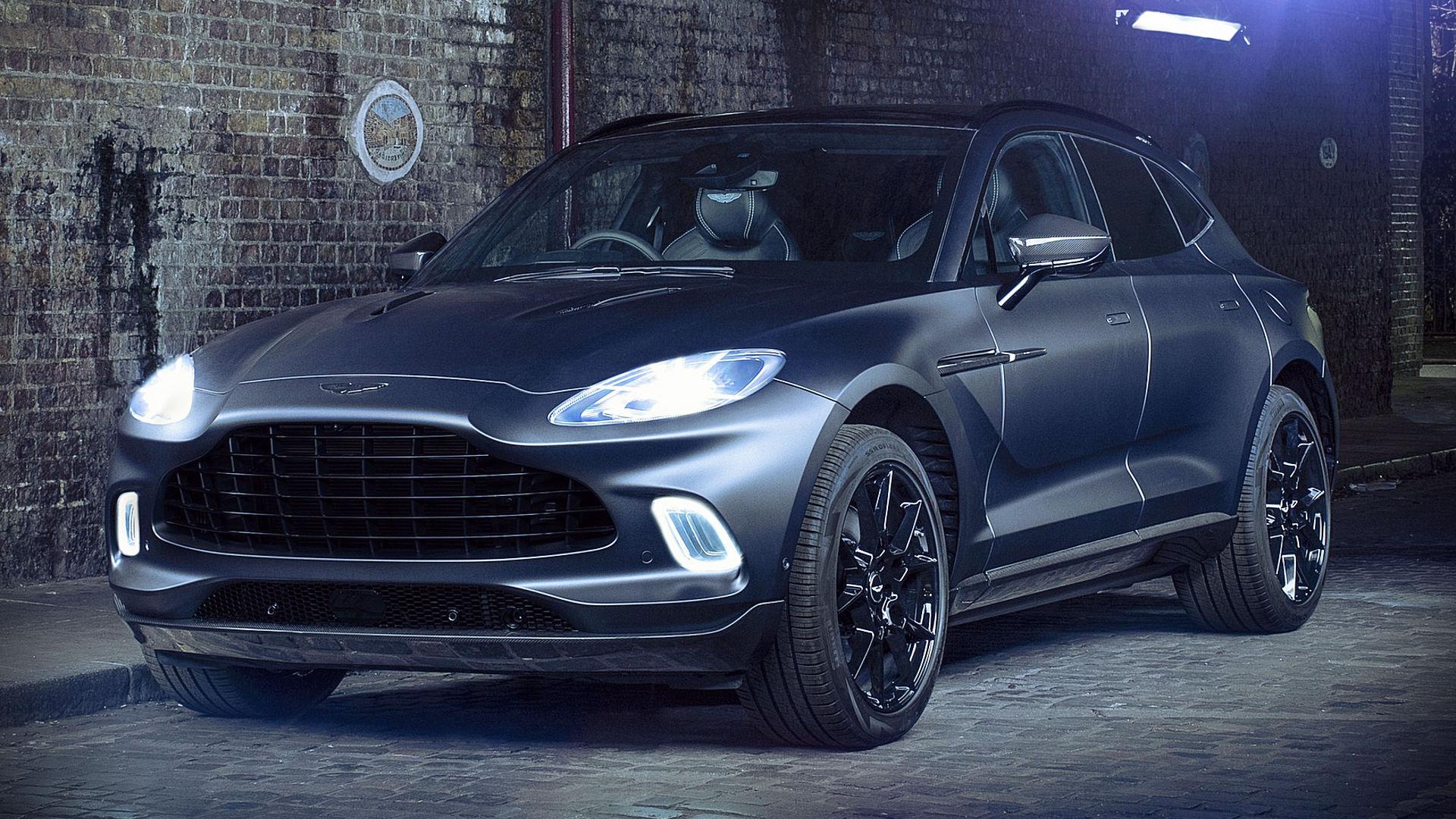 Aston Martin DBX Q 2021