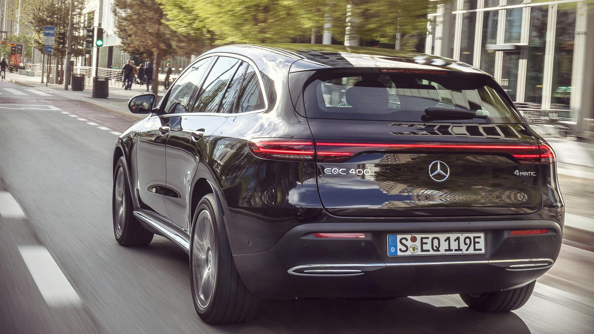 Mercedes-Benz EQC 2020 Black Wallpaper