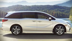 Honda Odyssey 2020 White Wallpaper