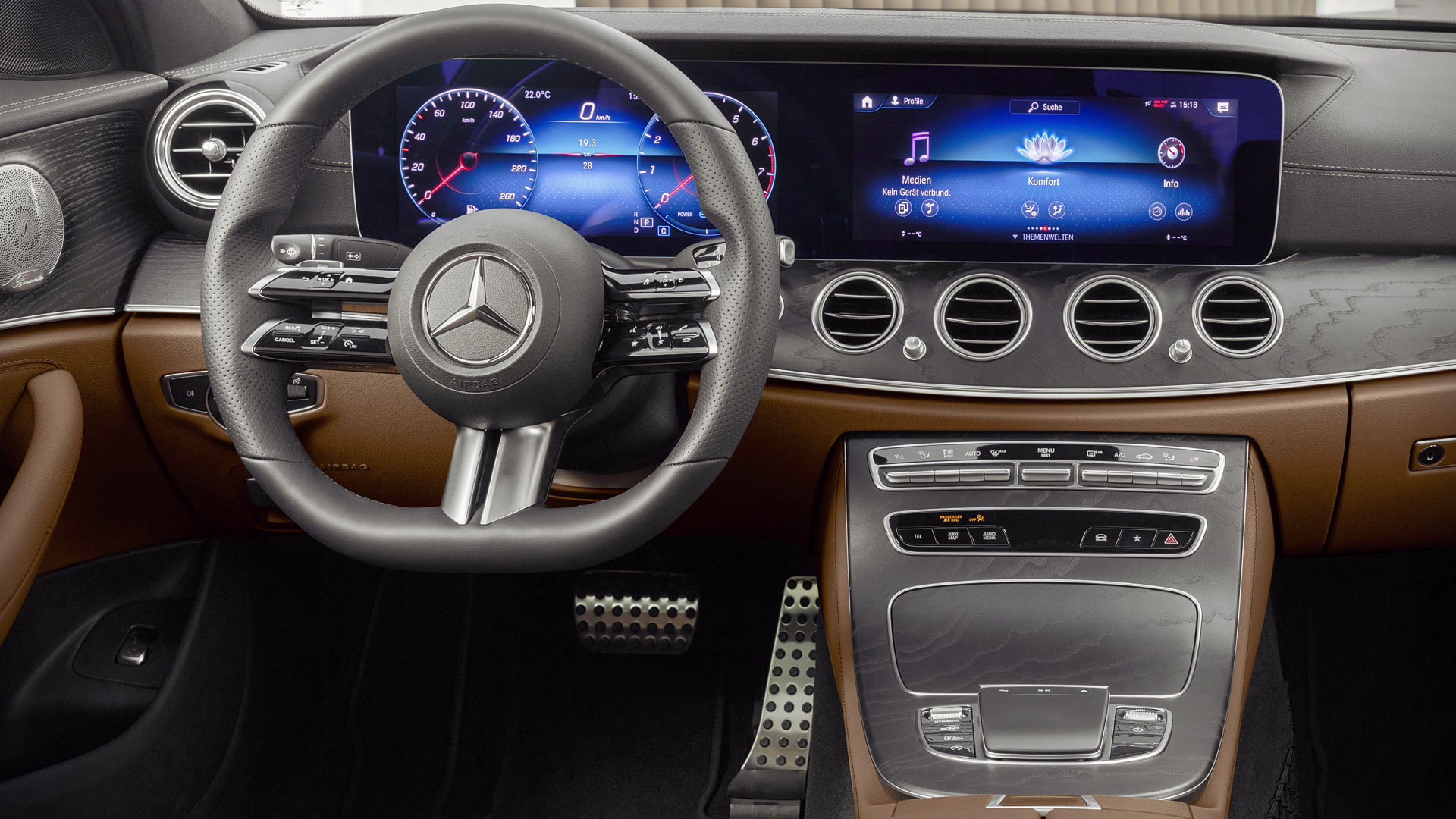 Mercedes Benz E-Class 2021 Interior Wallpaper