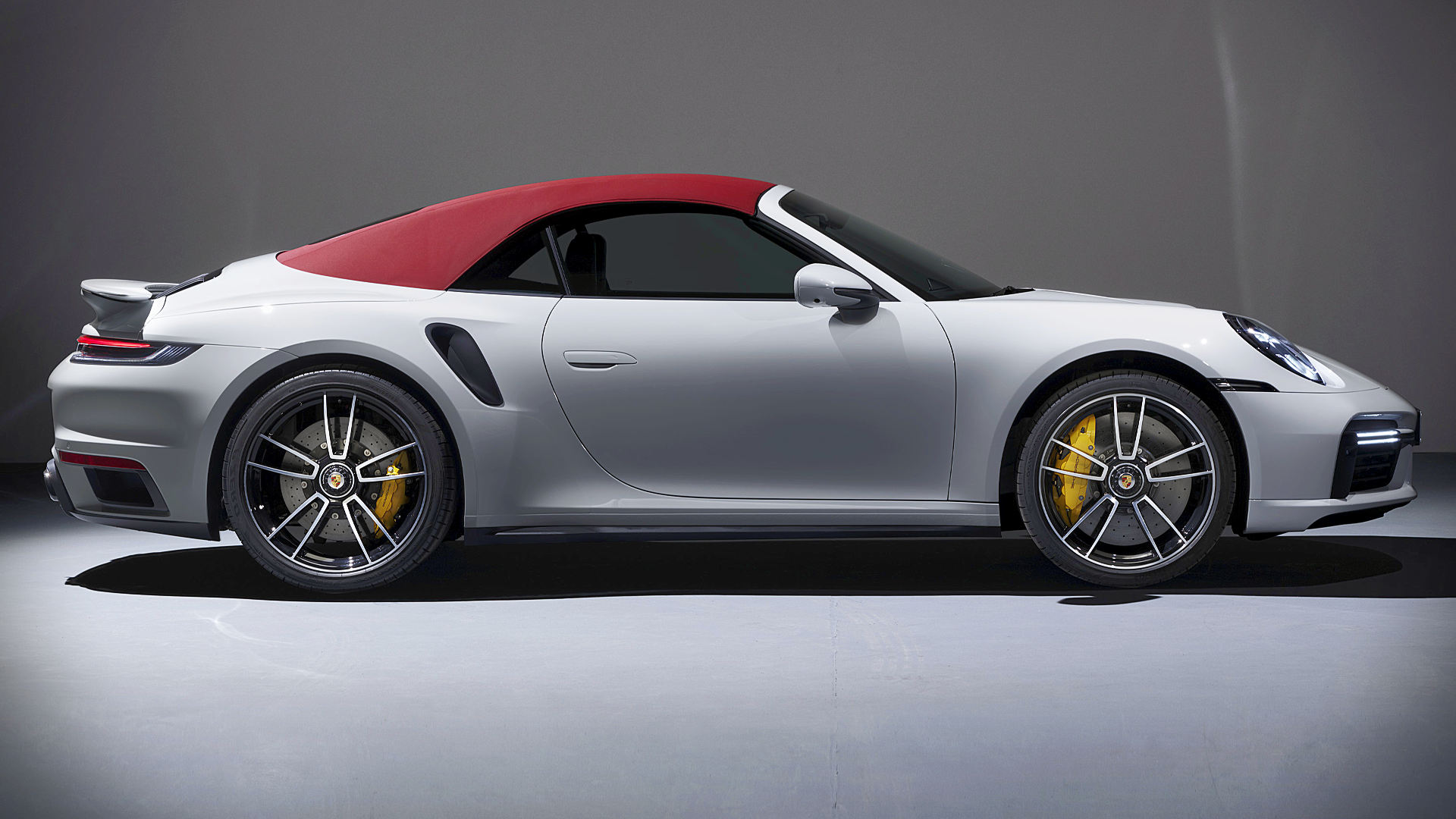 2021 Porsche 911 Turbo S Cabriolet Wallpaper Hd