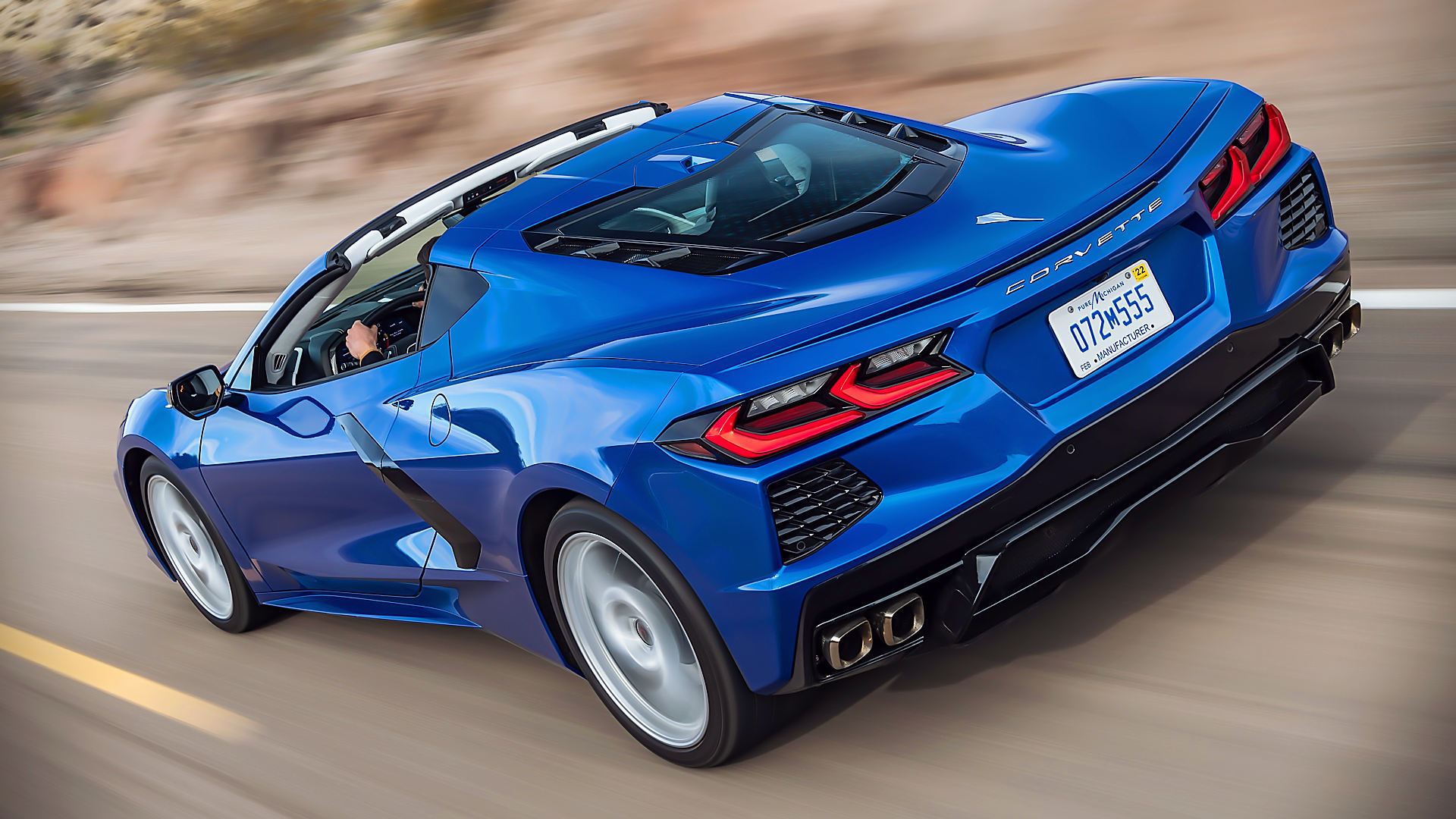 2020 Chevrolet Corvette Stingray C8 Coupe Convertible Wallpaper