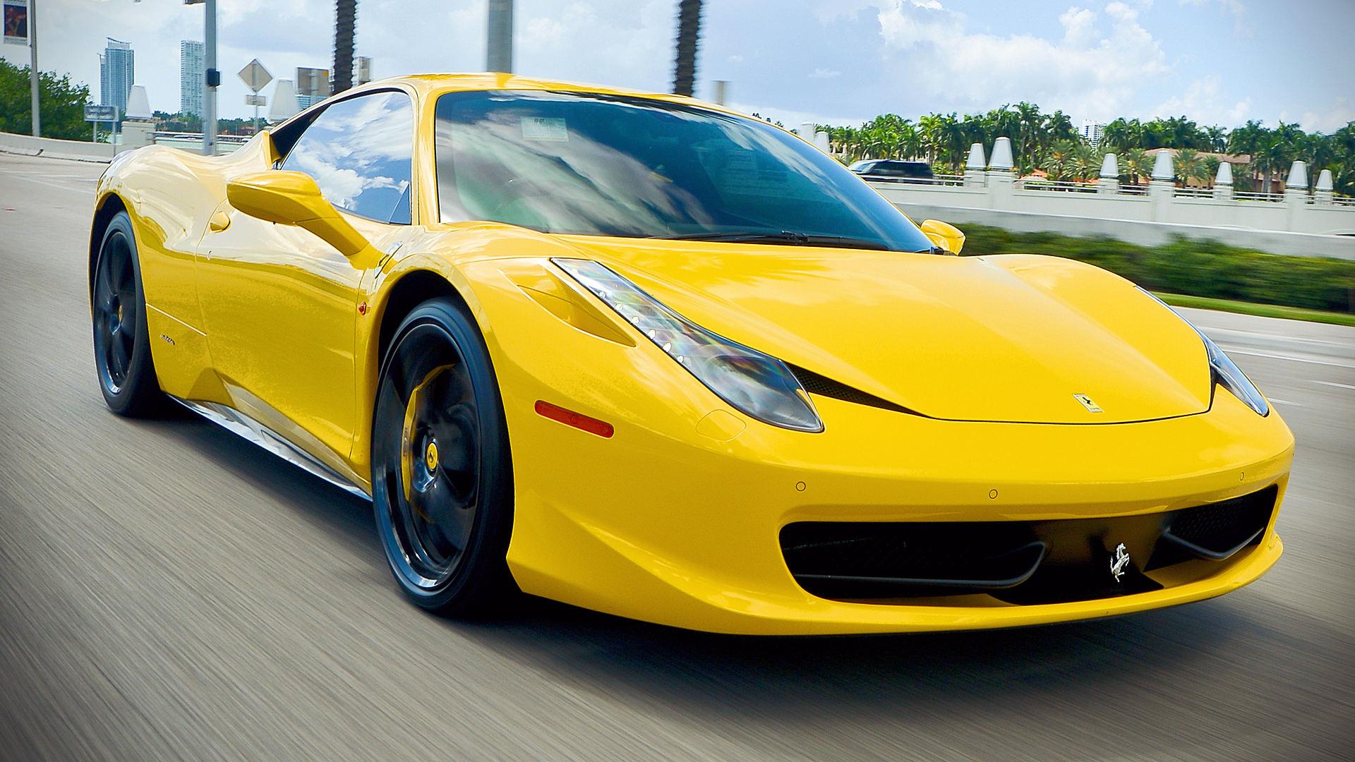 2015 Ferrari 458 Italia Yellow Car