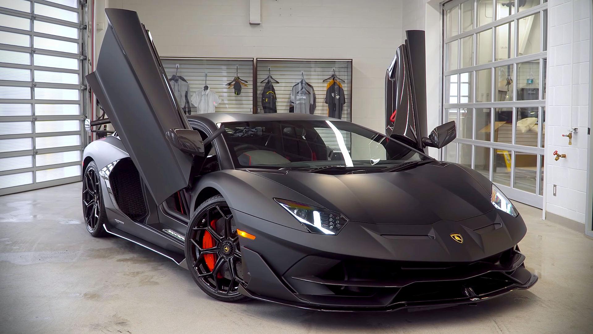 2019 Lamborghini Aventador SVJ Black