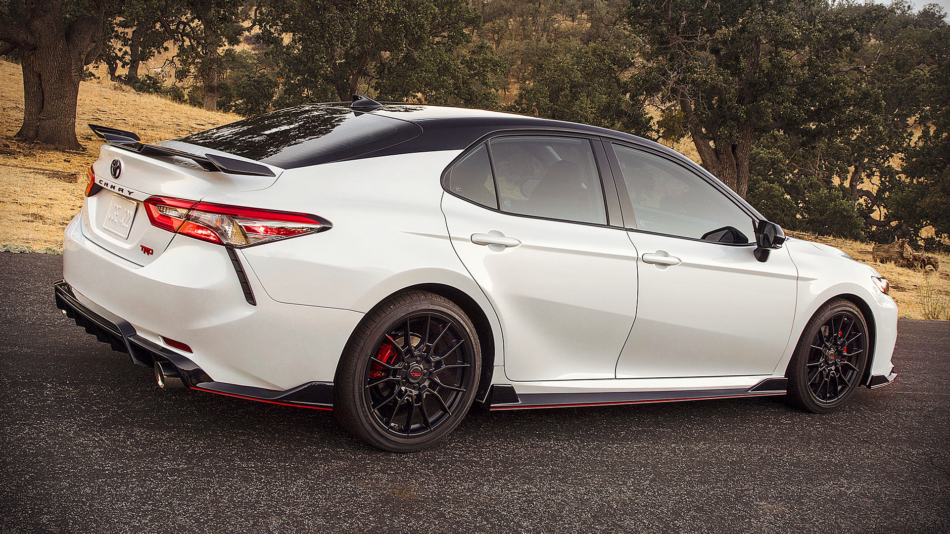 2020 Toyota Camry TRD White Images