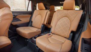 2020 Toyota Highlander Hybrid Inside Interior