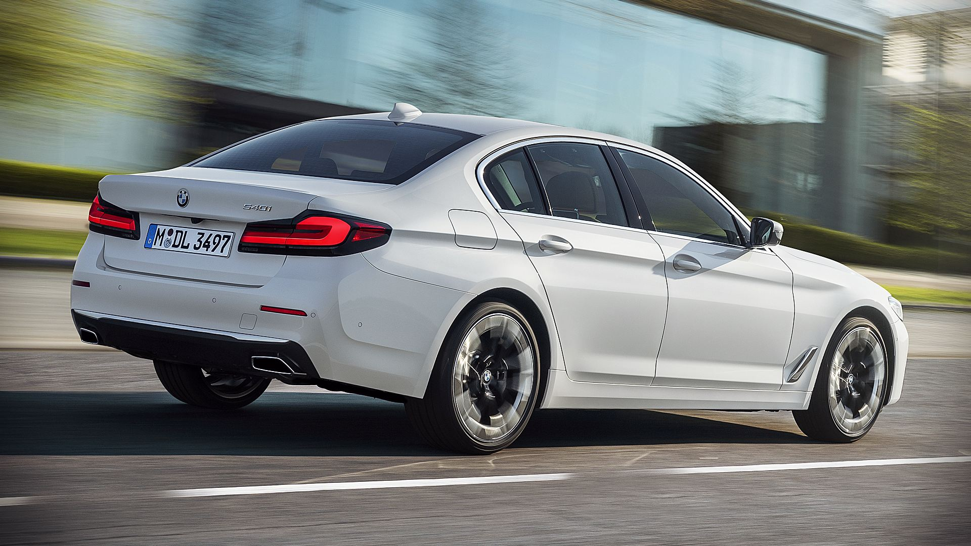 2021 BMW 5-Series 540i Images Pictures