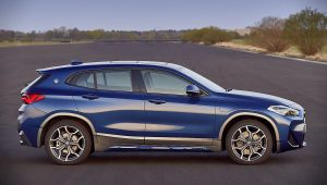 2021 BMW X2 xDrive25e Pictures