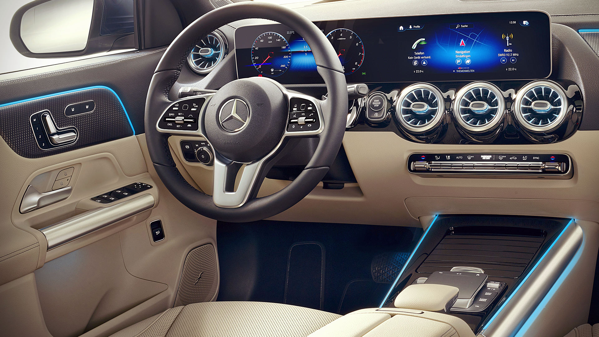 2021 Mercedes GLA 250 4Matic Interior