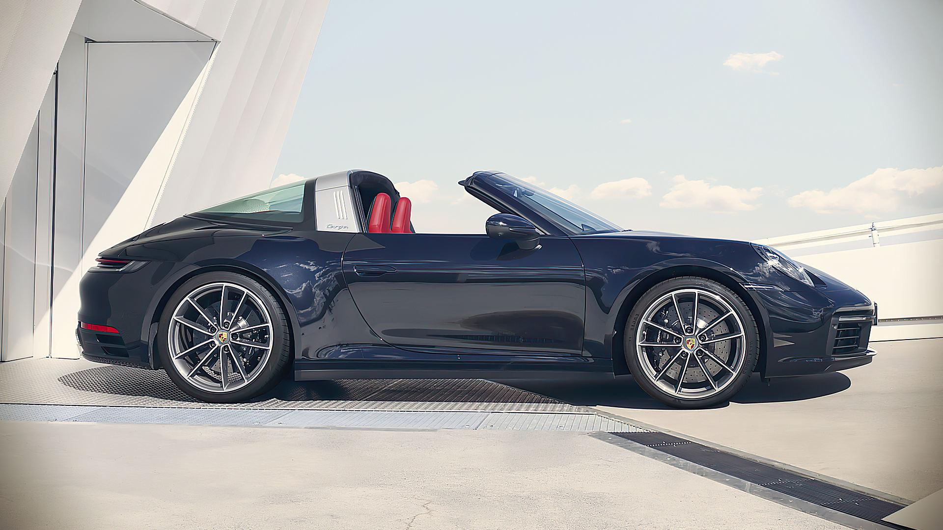 2021 Porsche 911 Targa 4 Convertible Images Photos