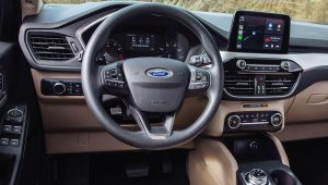2020 Ford Escape SE Interior Images