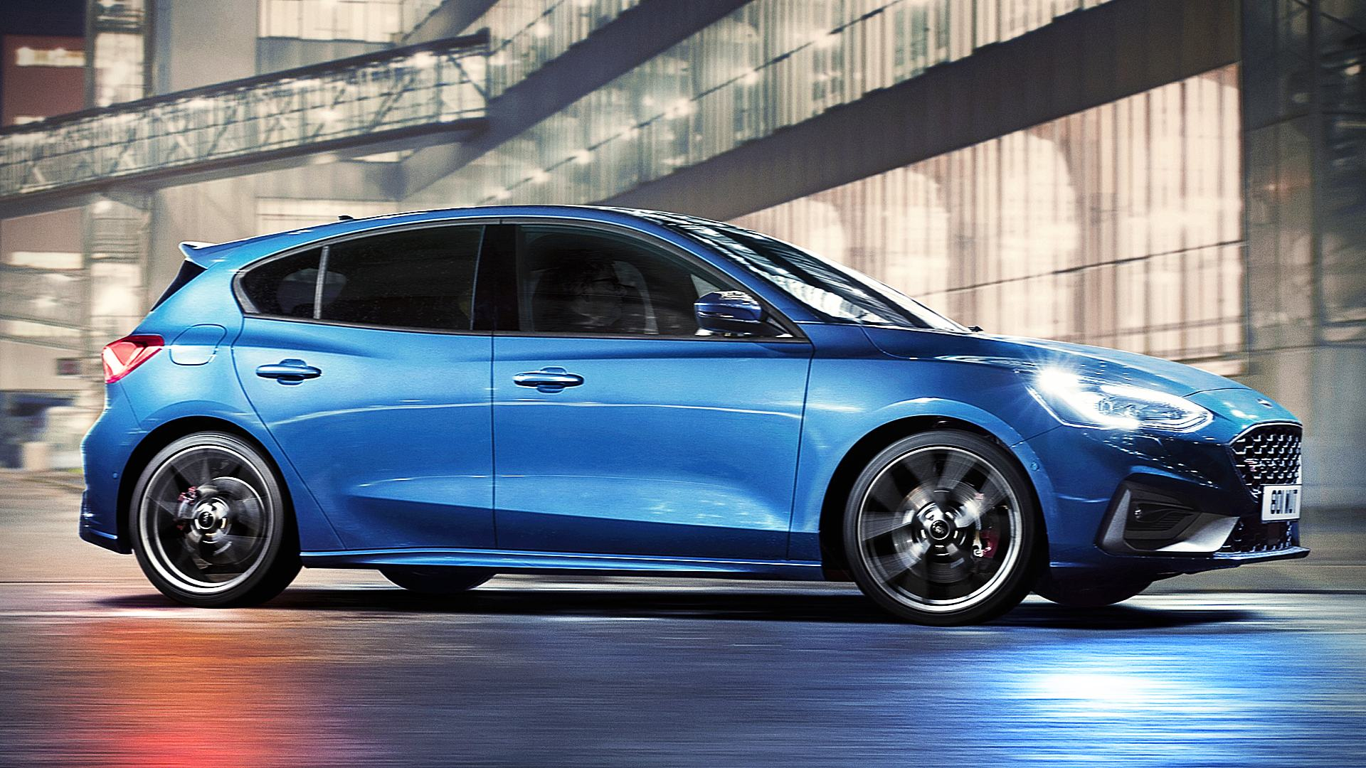 2020 Ford Focus ST Images Photos