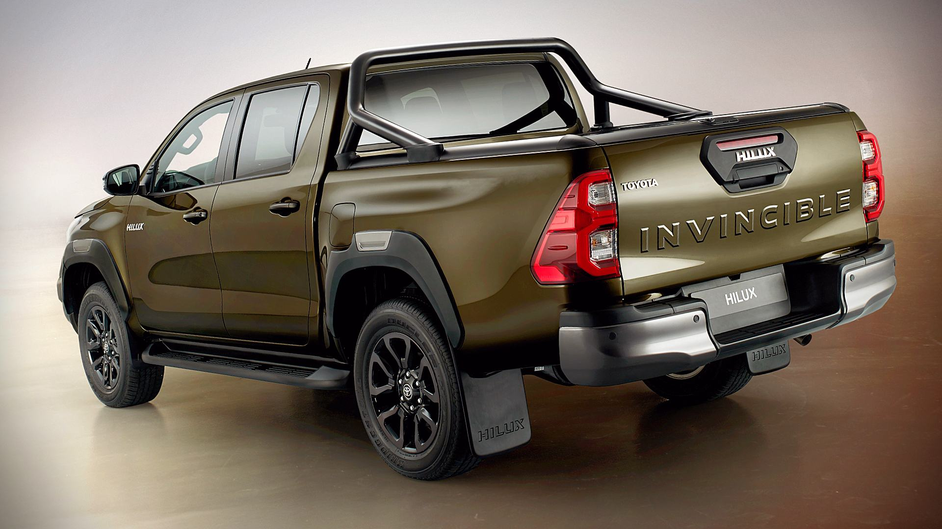 2021 Toyota Hilux Pictures Images