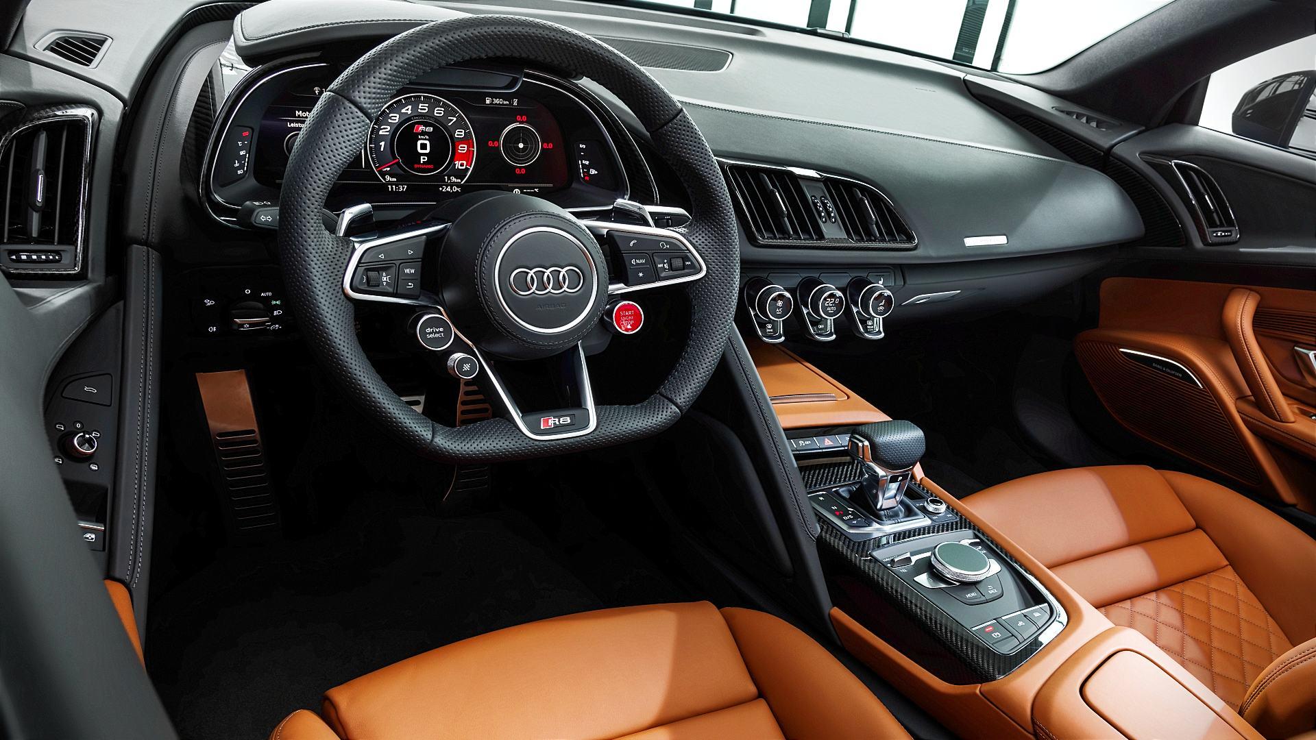 2020 Audi R8 V10 Performance Spyder Interior