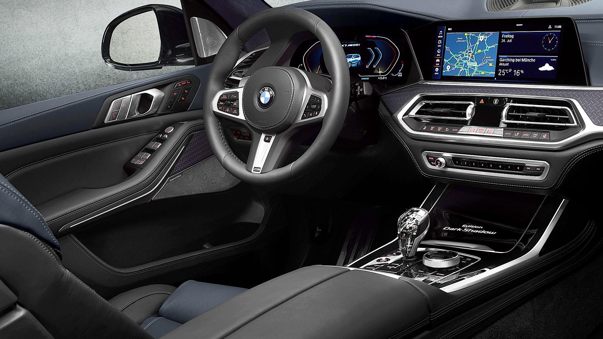 2020 BMW X7 SUV M50i Dark Shadow Edition Interior Inside Pictures