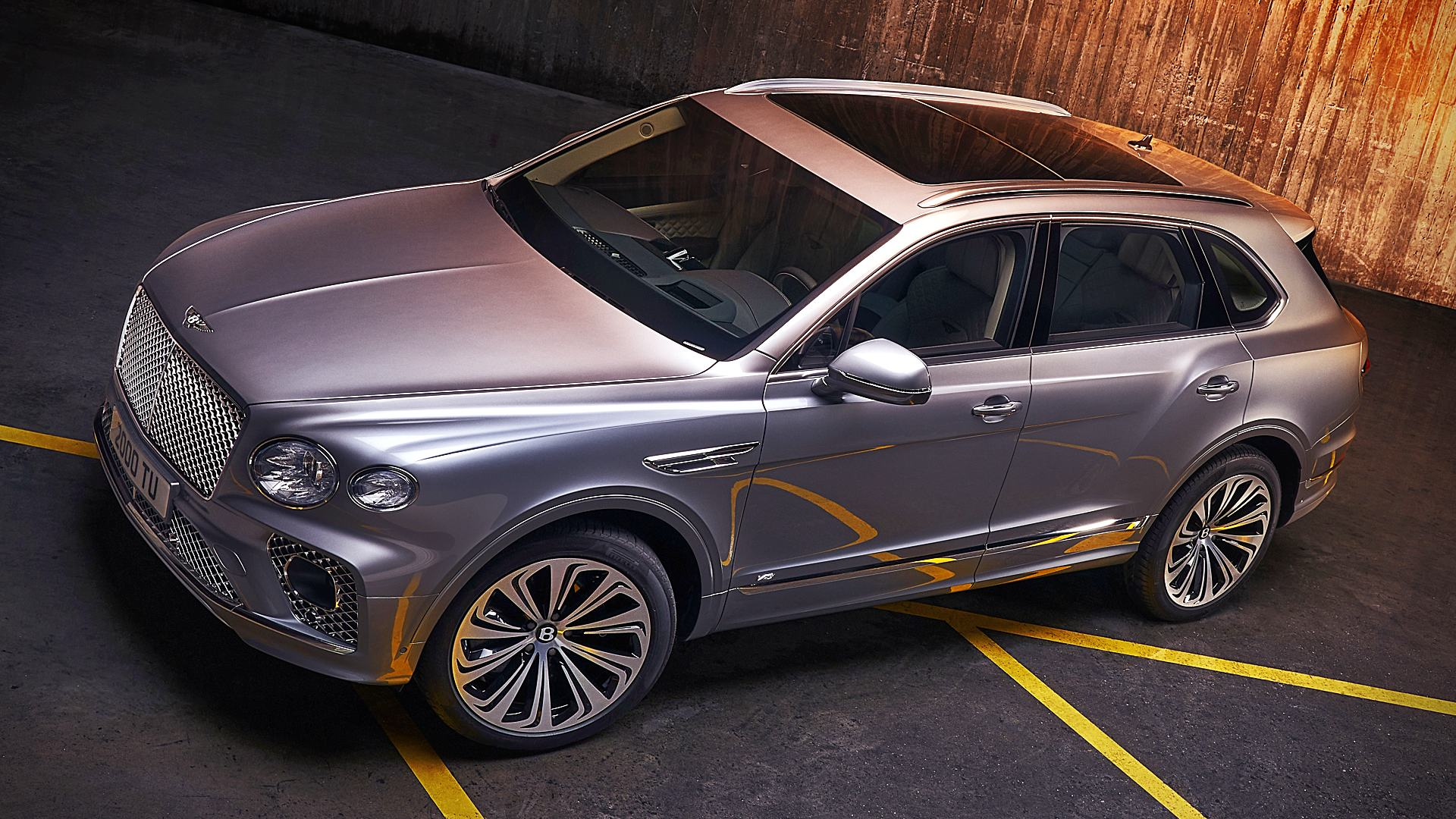 2021 Bentley Bentayga Images