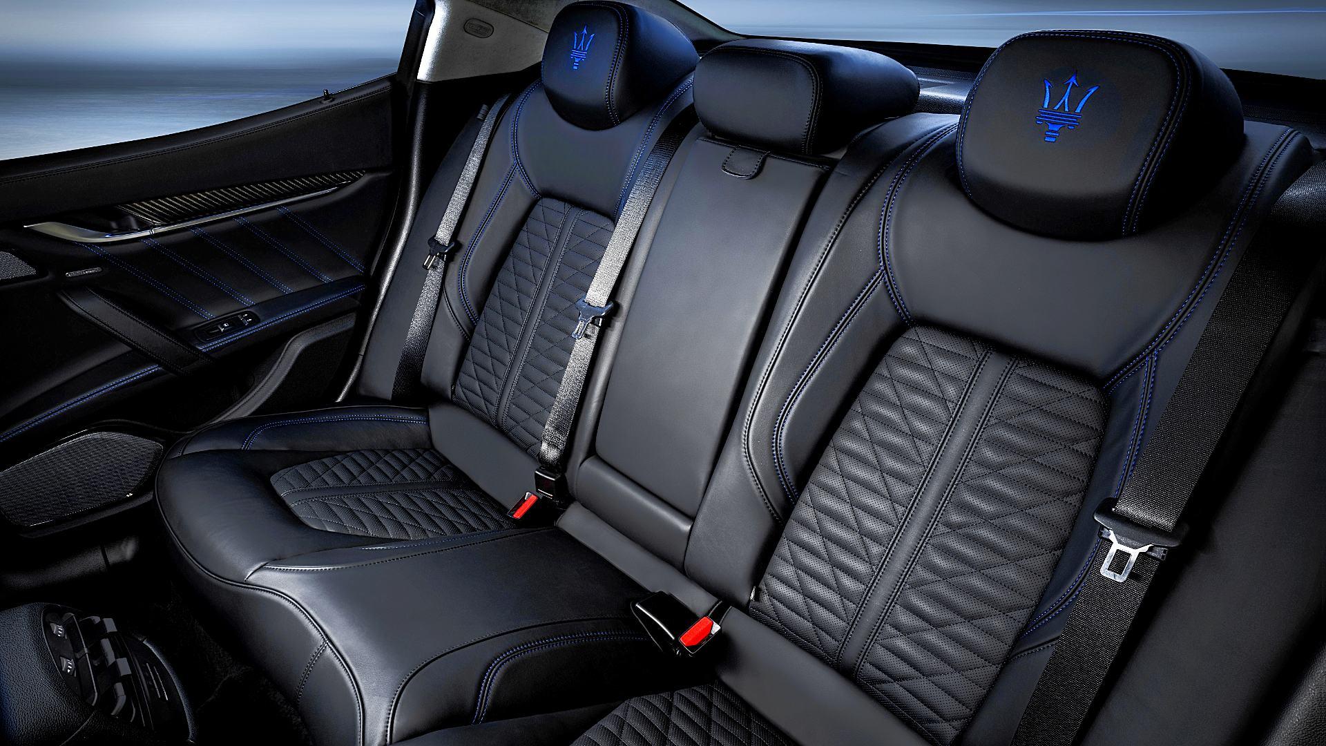 2021 Maserati Ghibli Hybrid Interior Images