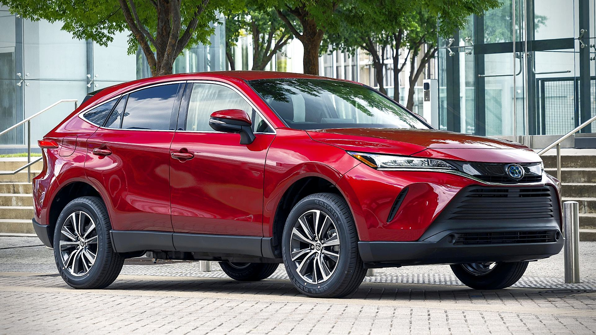 2021 Toyota Venza Red SUV Photos