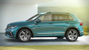2021 VW Tiguan R Line Photos