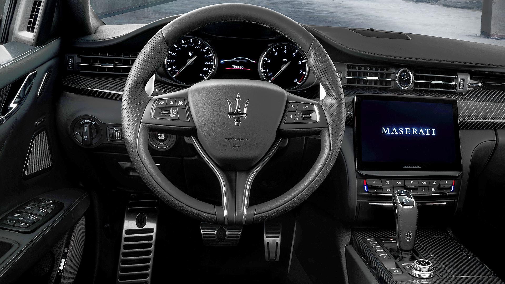 2021 Maserati Quattroporte Trofeo Interior