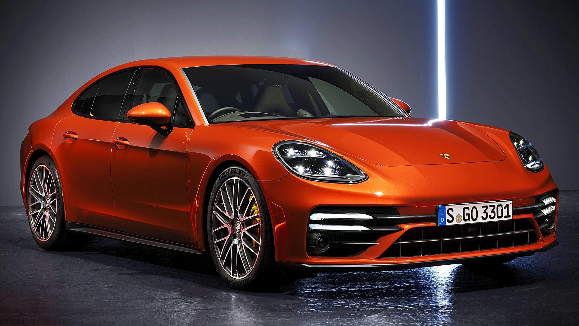 2021 Porsche Panamera 1