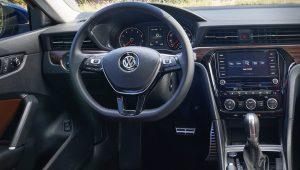 2020 Volkswagen Passat Interior