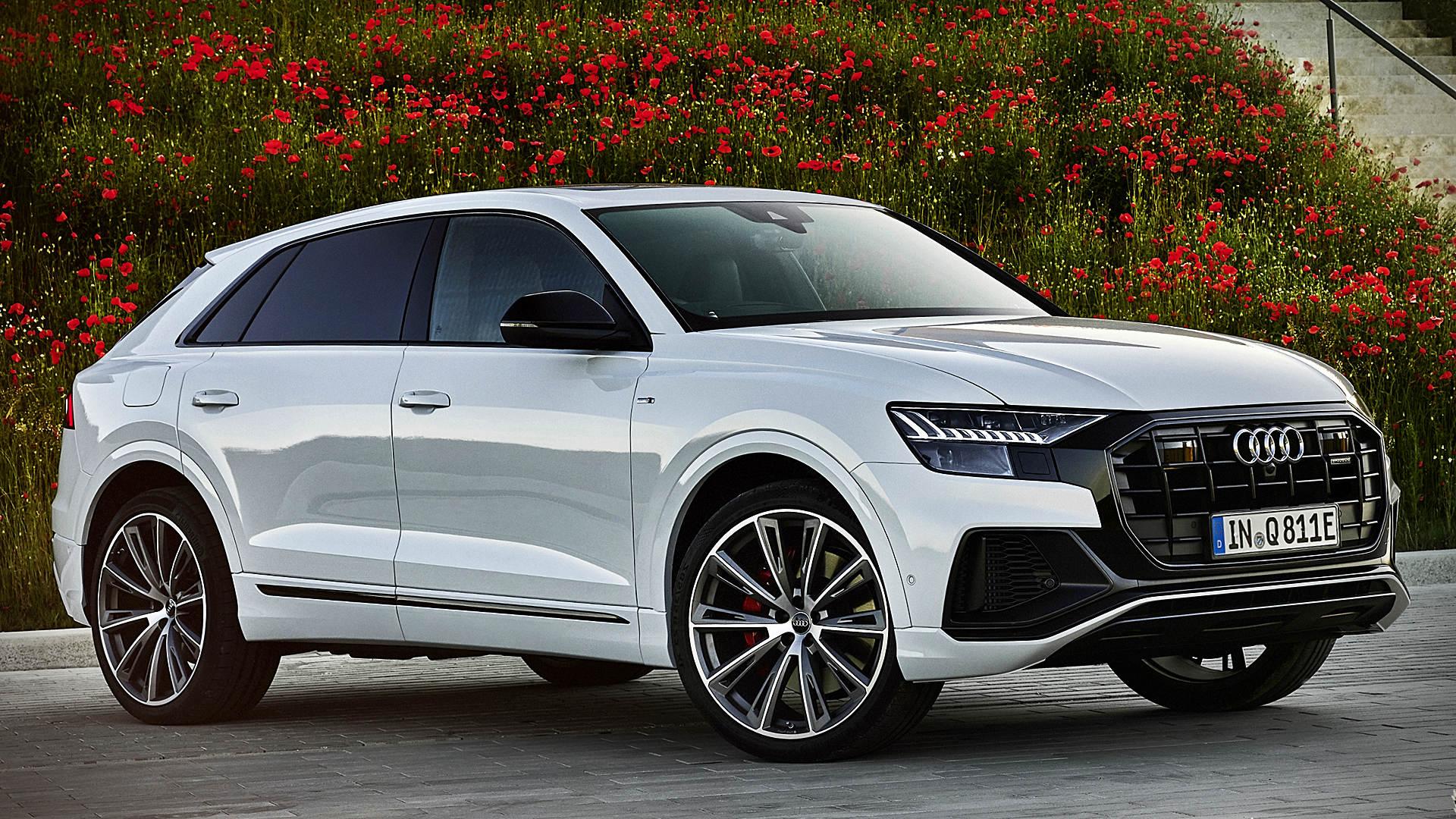 2021 Audi Q8 TFSI e Quattro 1