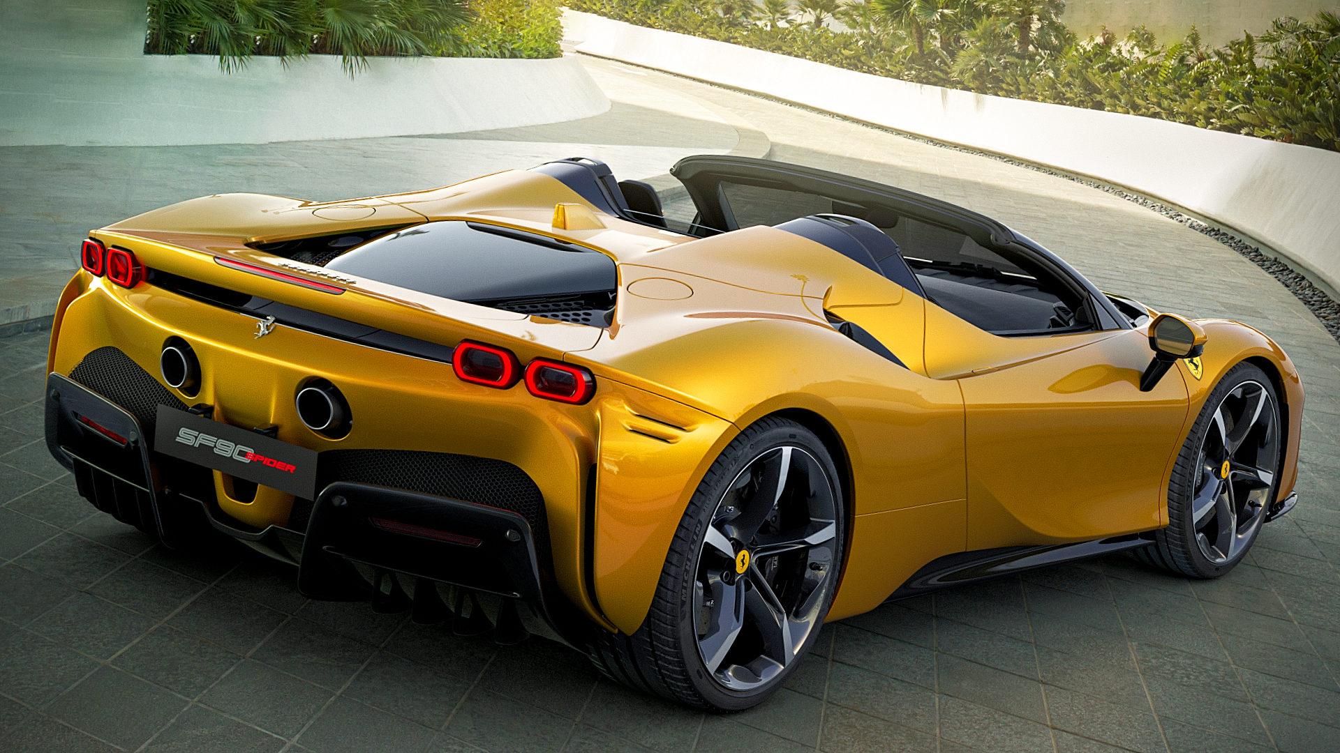 2021 Ferrari SF90 Spider Hybrid Pictures